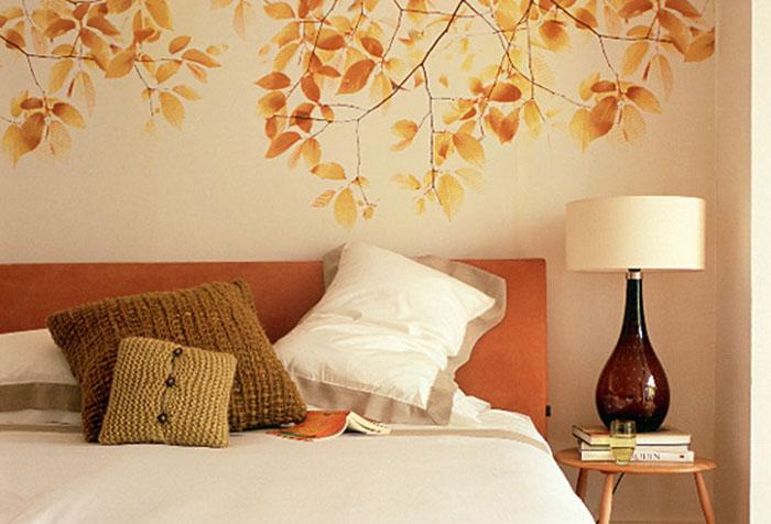 Обои в спальне в оранжевых тонах