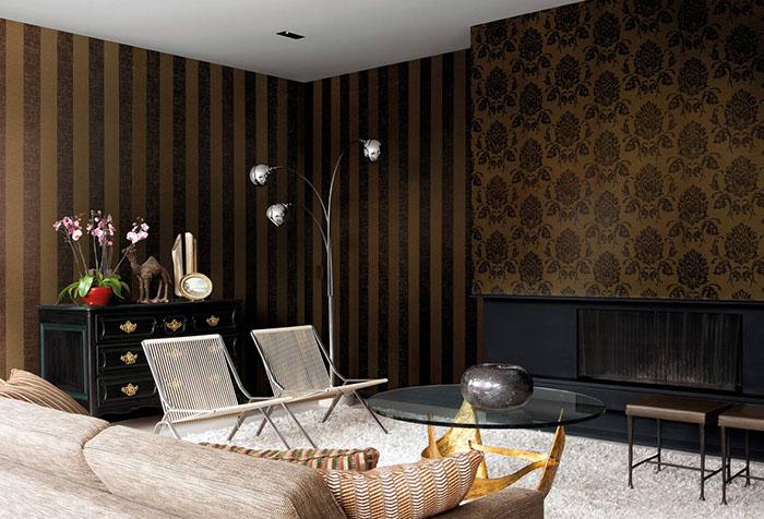 Обои коричневых оттенков в гостиной
