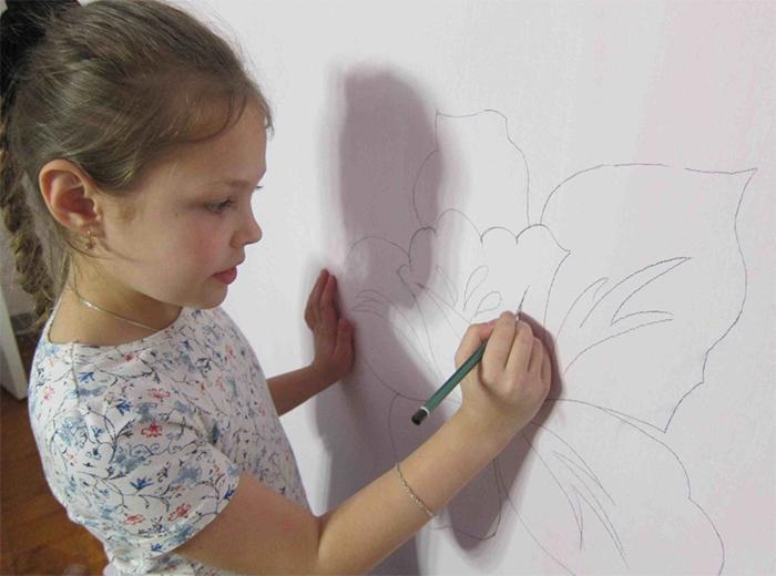 Нанесения рисунка карандашом на подготовленную поверхность