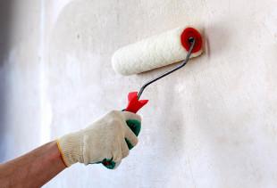 Как правильно подготовить стены перед поклейкой обоев?
