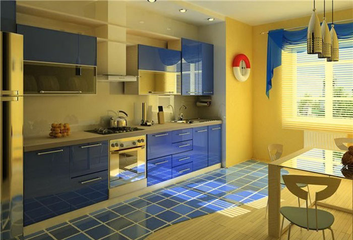 Синяя штора к желтым стенам на кухне