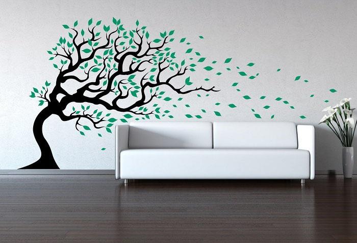 дерево на стене в интерьере