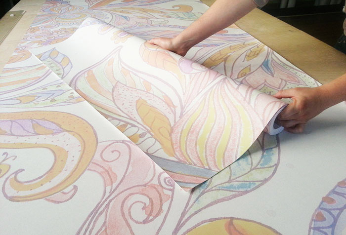 Нарезка обойных полотен