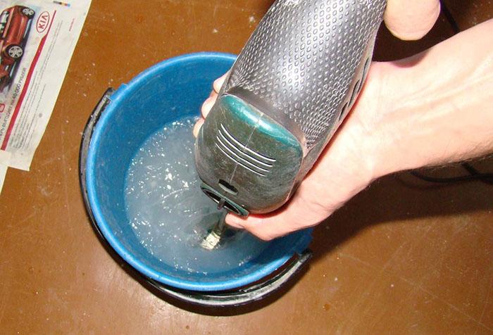 Приготовление клея для обоев на флизелиновой основе