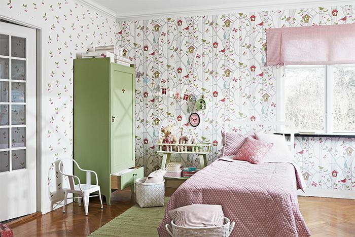 Красивые обои компаньоны в детской комнате
