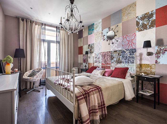 Лоскутное комбинирование обоев в спальне