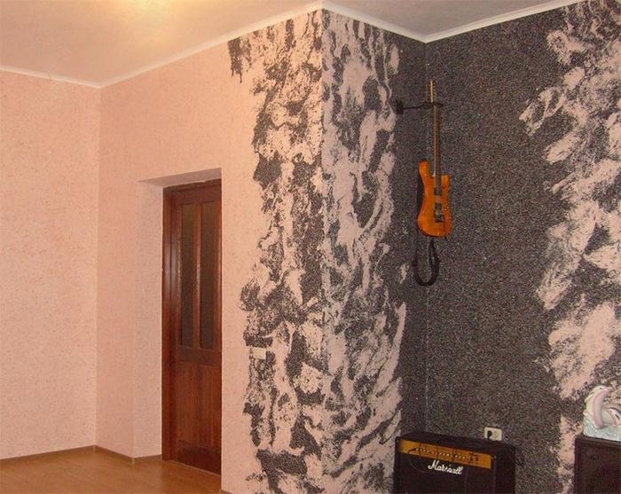 Простой двухцветный декор стен жидкими обоями для новичков