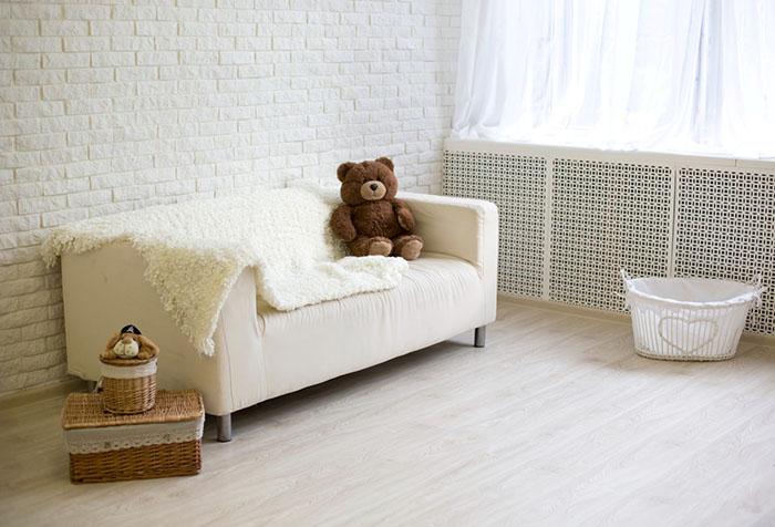 Белый интерьер детской