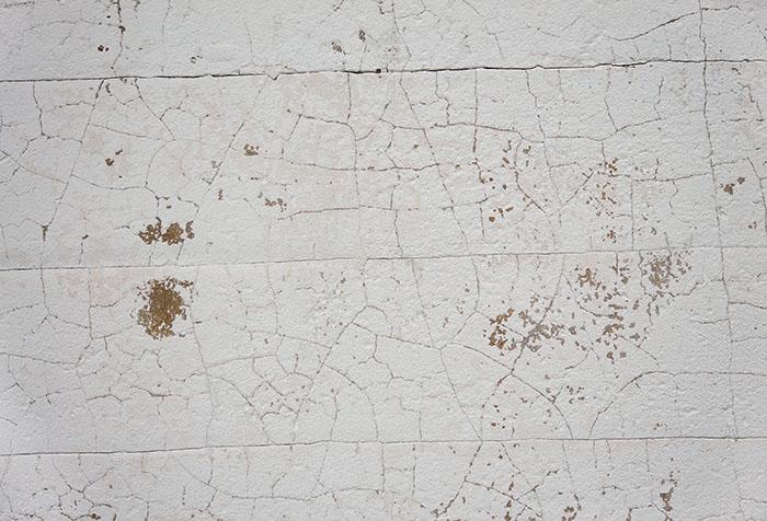 Старая краска на стене