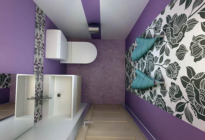 Вставка из виниловых обоев в туалете
